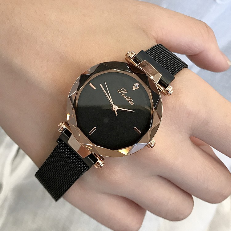 Image 2 - 2019 Luxury Brand lady Crystal Watch Magnet buckle Women Dress Watch Fashion Quartz Watch Female Stainless Steel Wristwatches-in Women's Watches from Watches