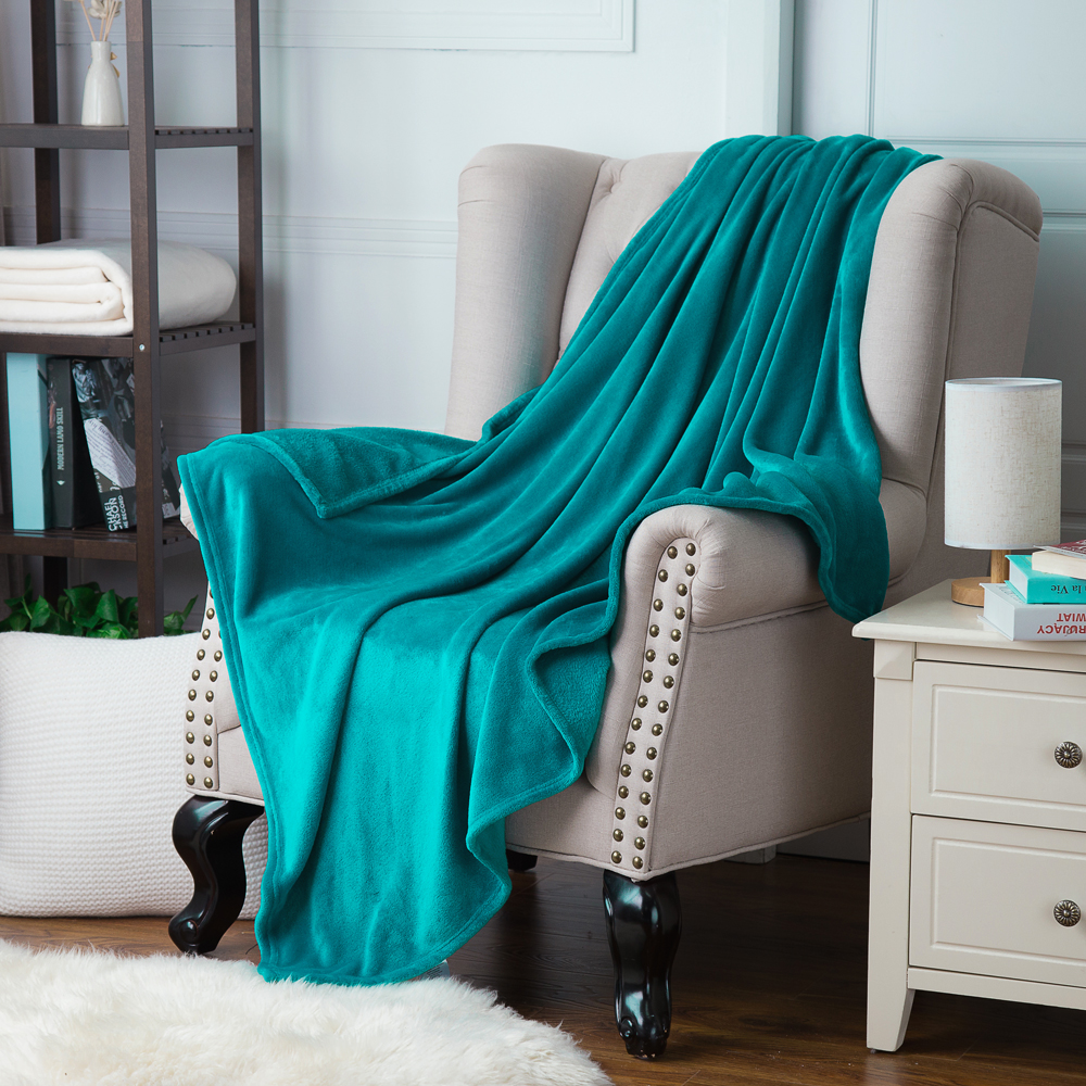 Naturelife Soft Blanket fleece White Blanket Plaids Bedspreads throw for Bed travel blankets sofa plane travel Warm Cobertor