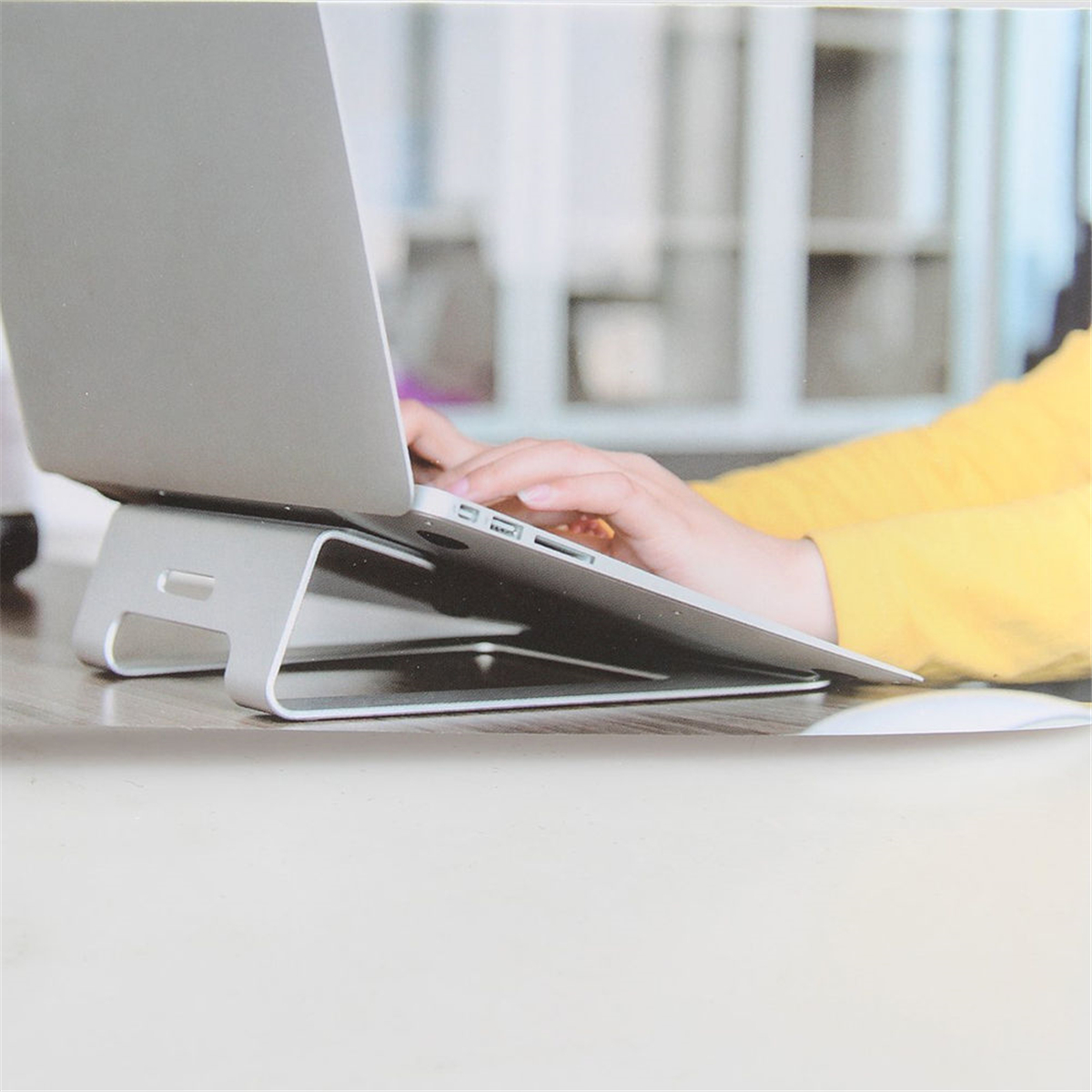 Aluminum Alloy Laptop Stand Tablet Holder Dock for MacBook Pro Air Notebook Computer Laptops PC Accessories Organizer Non Slip