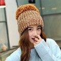 Обувь-hto мода осень и зима женских головных уборов , вязание бал шерсть кепка свободного покроя для женщин бесплатная доставка