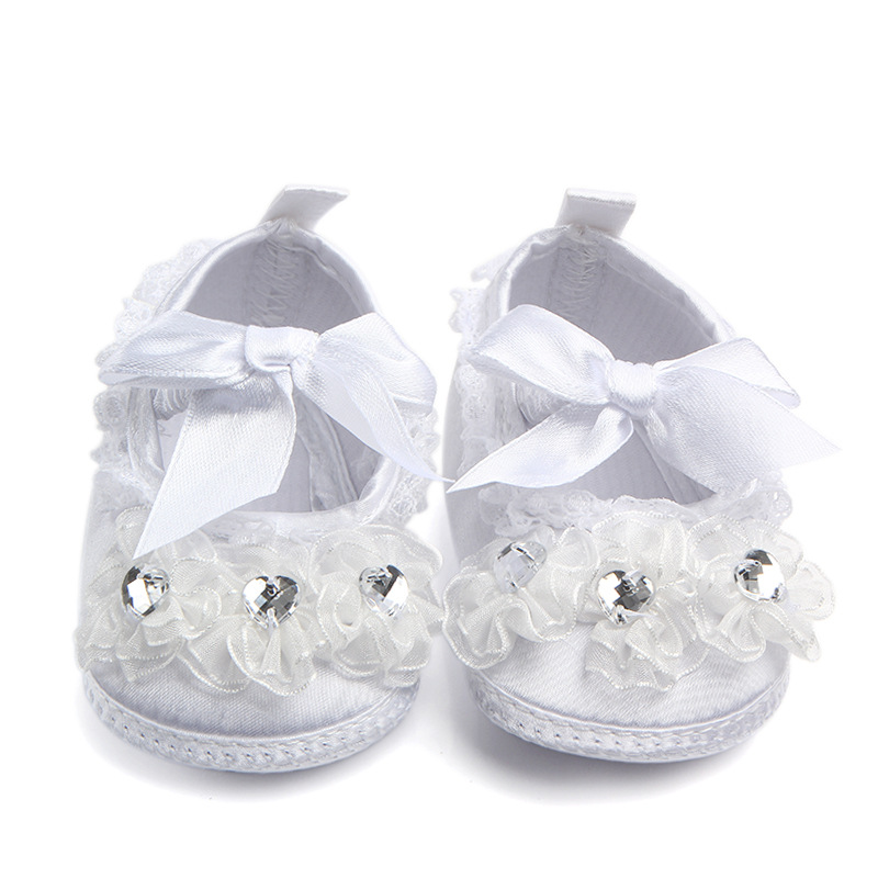Delebao Brand Transparent Crystal Lace And Lace Baby Shoes  Pure White Newborn Baby Shoes Serious Solemn Christening/Baptism/