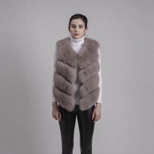 Image 4 - QIUCHEN PJ8005 2020 새로운 도착 뜨거운 판매 자연 진짜 여우 모피 짧은 조끼 gilet 겨울 여성 조끼 고품질 두꺼운 모피