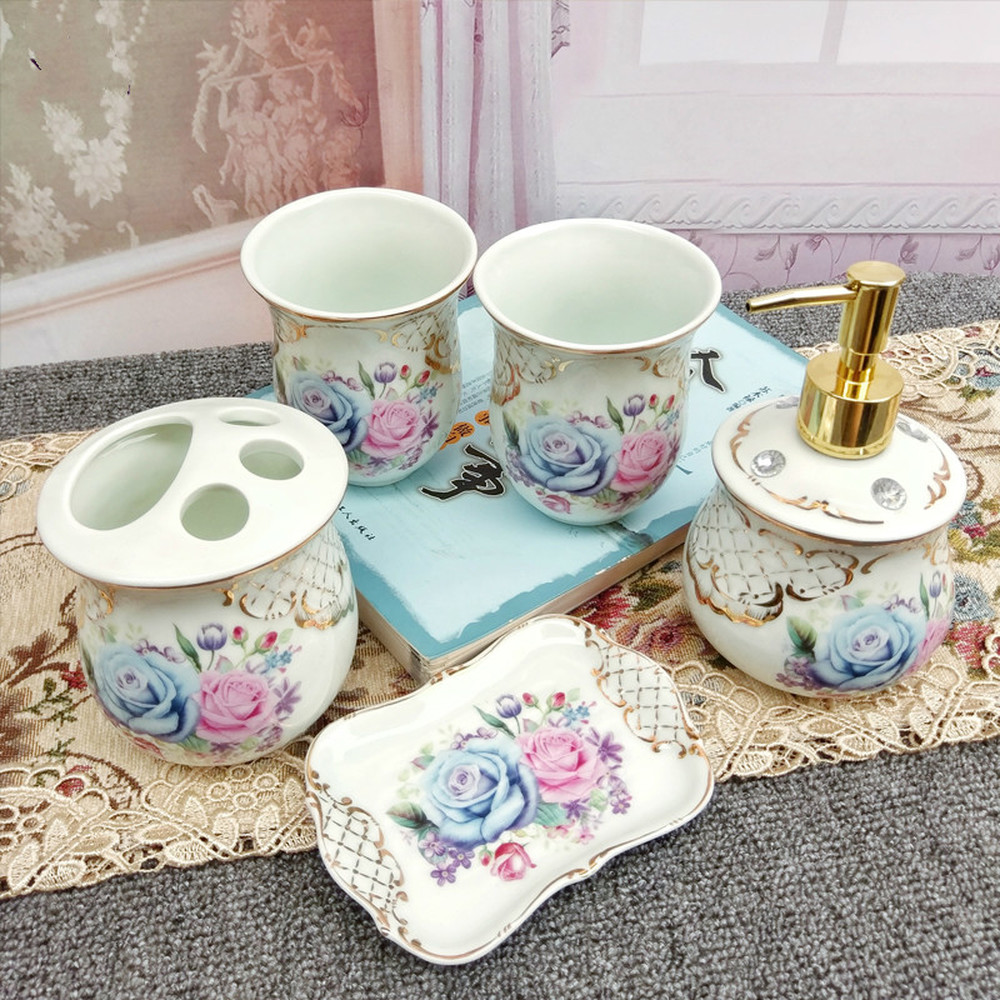 European-style bathroom five-piece set Ceramic wash set bathroom bathroom supplies 5 kits high-grade mouthwash cup set LO724343 ceramic five piece set american bathroom supplies brushing cup bathroom mouthwash cup wash cup set lo7271146