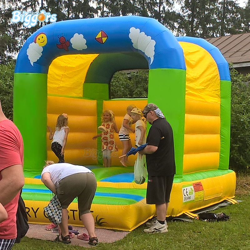 цена на Mini commercial PVC material inflatable bounce house bouncy caslte for rental