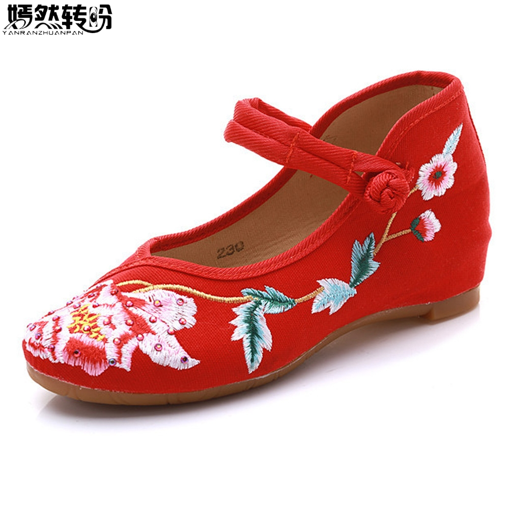 2018 New Women Flats Chinese Old BeiJing Floral Canvas Shoes Embroidered Cloth Women's Singles Dacen Ballets Walking Shoes vintage women flats old beijing mary jane casual flower embroidered cloth soft canvas dance ballet shoes woman zapatos de mujer