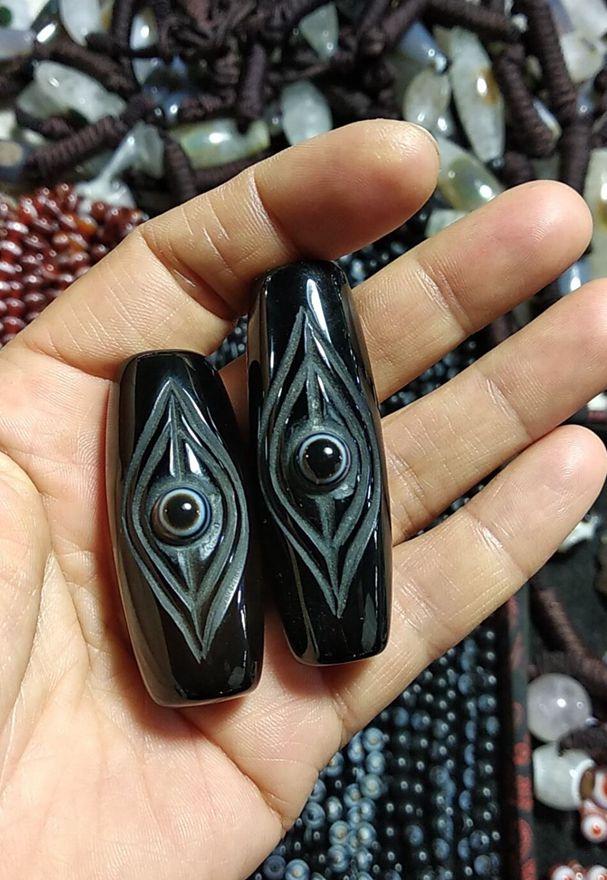 Wonderful Nature Tibetan Chalcedony Dzi Bird s Eye Pendant Amulet Churinga Fine