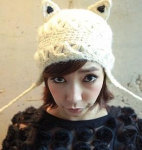 Cute Winter Women's Thick Cable Handmade Knit Beanie Ear Muff Devil Horns Cat Ear Ski Cap Hat