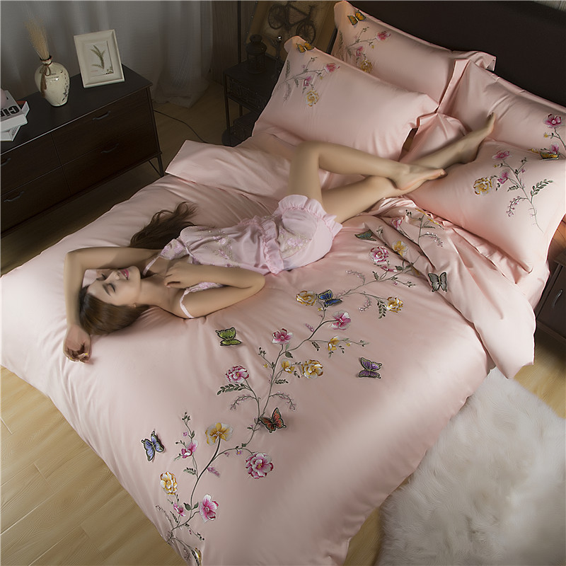 Butterfly Oriental Embroidery Egyptian cotton White Bedding set Queen King size Silky Soft Duvet cover Bedsheet set 40Butterfly Oriental Embroidery Egyptian cotton White Bedding set Queen King size Silky Soft Duvet cover Bedsheet set 40