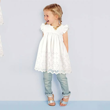 2017 New Summer Clothes for Girls Lace Dress Baby Princess Dress White Short Sleeved Hollow Skirt