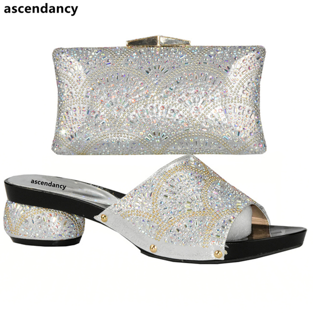Latest Gold Color Italian Shoes with Matching Bags for Women Nigerian Women Wedding Shoes and Bag Set Decorated with Rhinestone