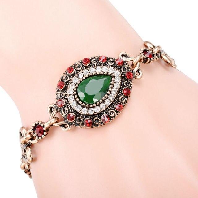богемные женские роскошные браслеты и мозаичный розовый зеленый фотография