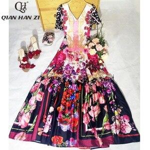 Image 4 - Qian Han Zi più nuovo Progettista della Pista di modo Maxi vestito delle Donne Manica Corta Con Scollo A V Incredibile Stampa Vintage Indie Folk lungo vestito