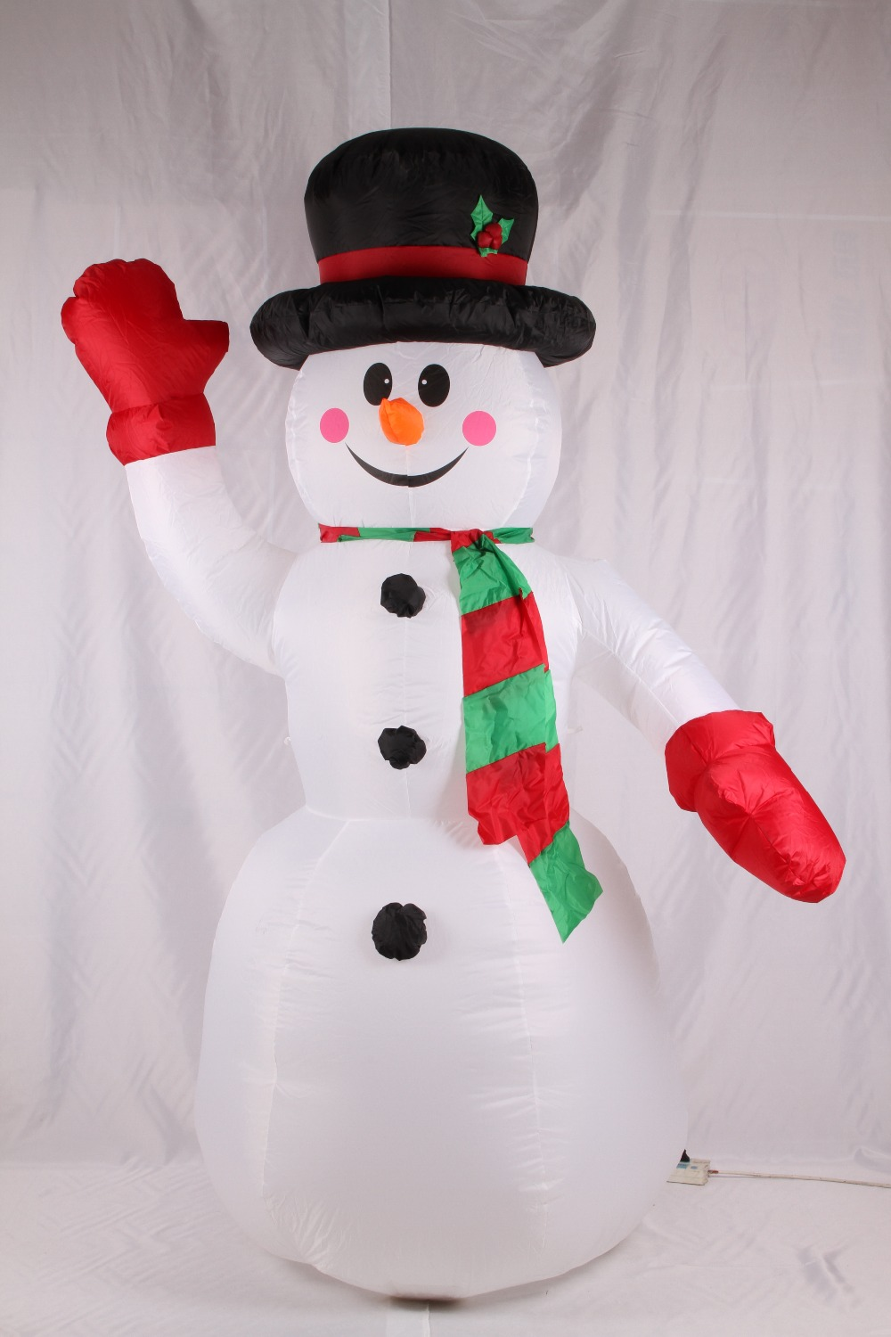 2017 Vioslite 2.4M Inflatable Christmas Snow Man Red Hand in High Quality for Festival Decoration inflatable cartoon customized advertising giant christmas inflatable santa claus for christmas outdoor decoration