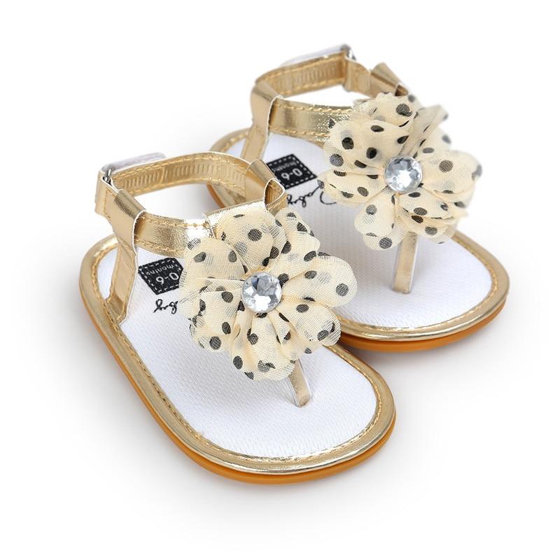 New Baby Girls Sandals Baby Moccasins First Walkers Soft Sole Non-slip Cute Golden Polka Dot Flower Newborn Babe Sandals.CX22A