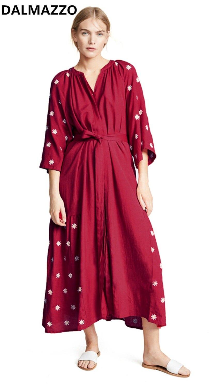 Haut de gamme Designer femmes piste broderie Boho bandage longues robes 2019 nouvelles femmes rouge col en V trois quarts Maxi longue robe