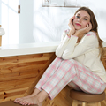 LA MODA y LA MARCA V15AWFH011 Ropa Damas homewear Conjuntos Salón Pijama de las mujeres blusa de manga larga comprueba pantalones S/M/L/XLsize