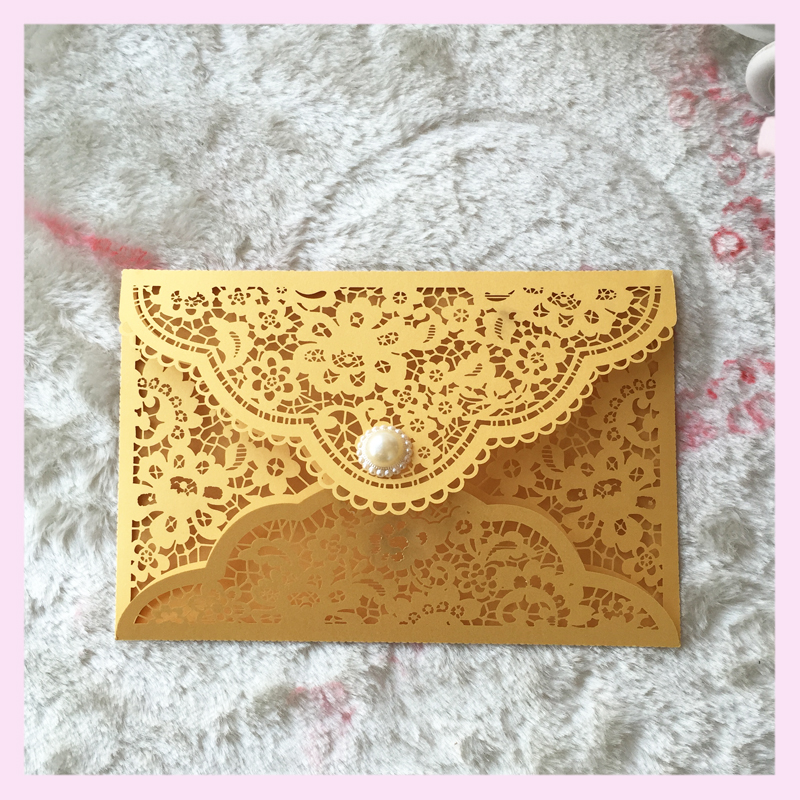 30pcs Lot Free Shipping Crown Lace Laser Party Table Name Place Rsvp Cards Wedding Invitation