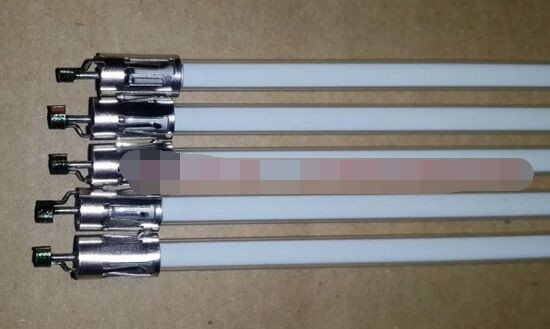 32 LCD CCFL lamp backlight tube, 704MMx3.4MM with holder without solder for SHARP 32 inch TV Monitor Screen Panel