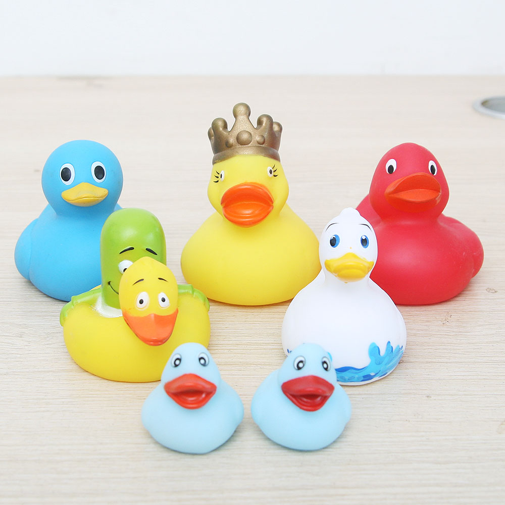 7Pcs/lot Baby Floating BLUE Rubber Ducks Kids Bath Toys for Children Boys Girls Water Swimming Pool toy duck gold crown ducks