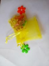 50 unids amarillo del regalo del organza bolsas 13×18 cm bolsos de fiesta para las mujeres evento casarse bolso de Lazo de Exhibición de La Joyería bolsa de Bolsa de accesorios de bricolaje
