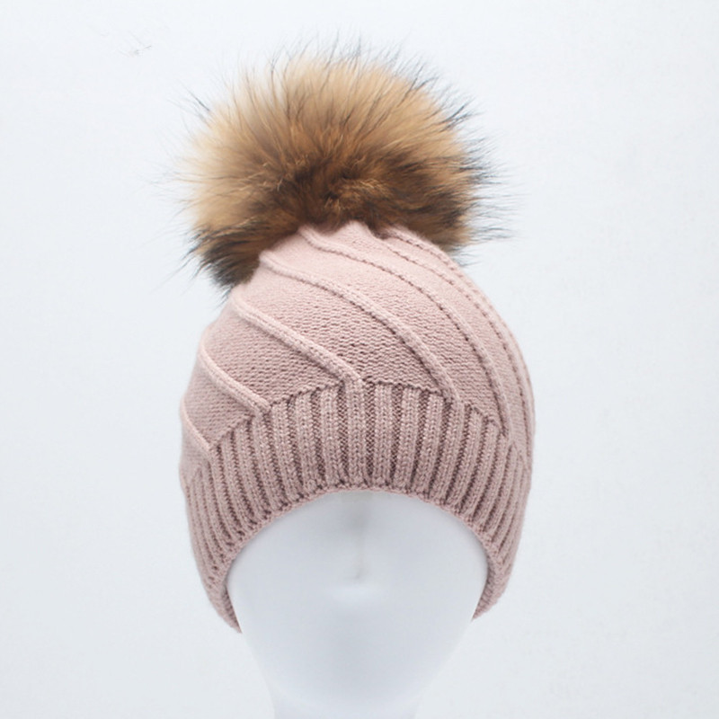 2017 Winter Fur Beanies Cap Pompom Hat For Women Cashmere Wool Hat Big Real Raccoon Fur Pom Poms Mink Fur Bobble Hat real fashion fur pompom hats for women knitted wool hat bonnet fur ball skull beanie cap cashmere big raccoon fur bobble hat