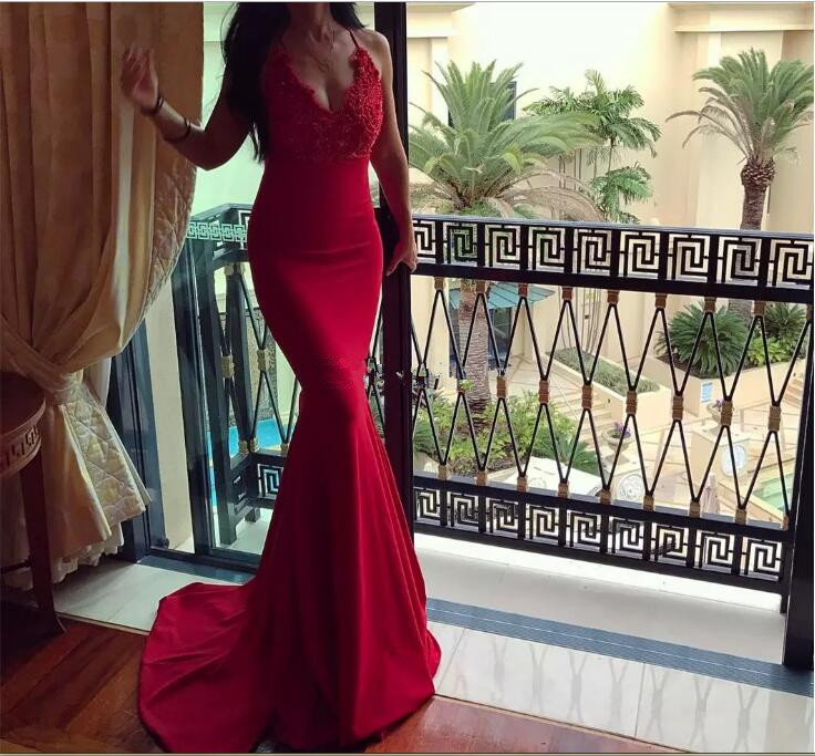 Sexy Black Mermaid Evening Dress 2017 michael korns deep V Neck Spaghetti Straps Lace Backless Long Prom Dresses party Gowns