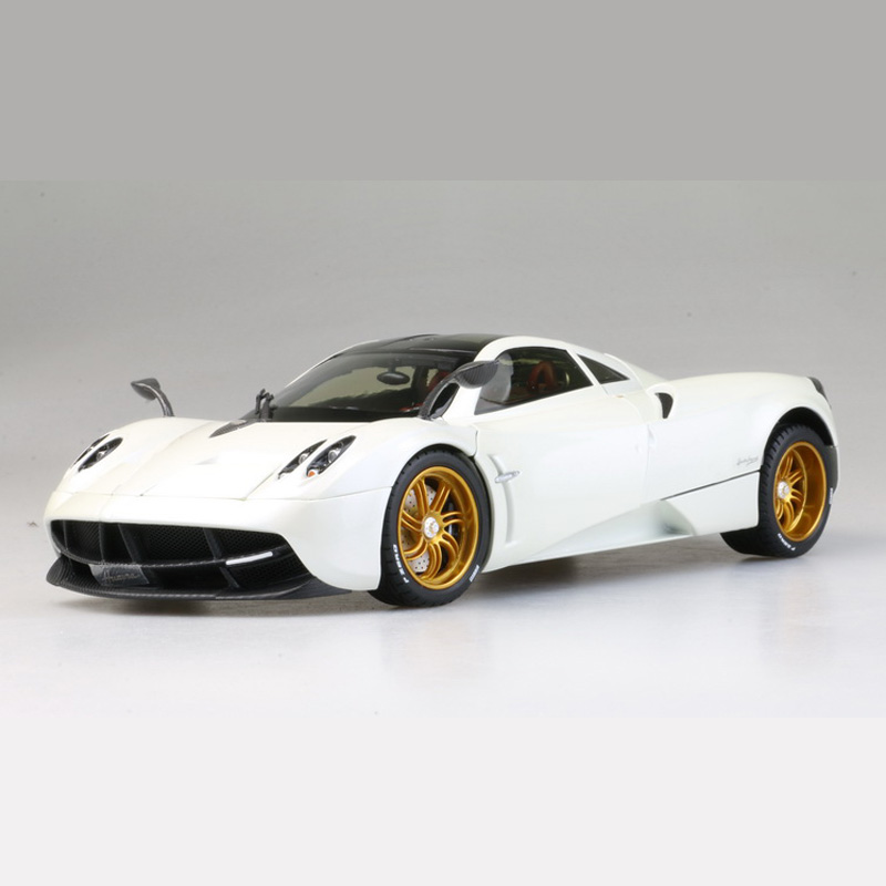 1:18 Metal Diecast Alloy Pagani Automobili Huayra Diecast Supercar Model Car Toy Gift Collection Original Box for children gift scale new 1 18 citroen c quatre 2012 hatchback alloy diecast model car toy gift collection with original box free shipping