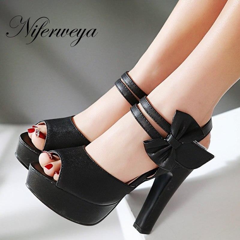 38d92b9d9f629 4 اللون أزياء الصيف النساء أحذية مثير اللمحة تو منصة مضخات كبيرة الحجم 31-47  bowknot الديكور الأرجواني عالية كعب الصنادل