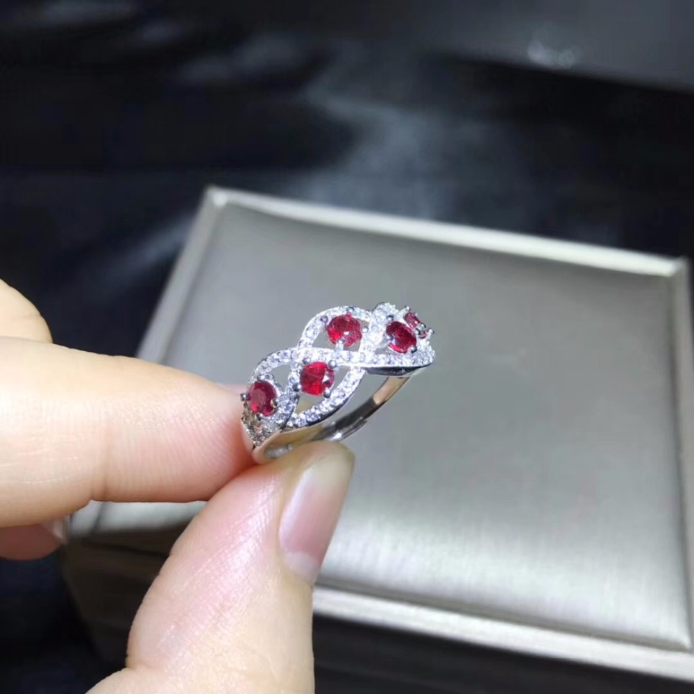 Natural ruby ring 925 silver 5 gemstones good color beautiful style