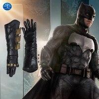 Justice League Batman Cosplay Prop Superhero Cosplay Batman Gloves Fancy Leather Cosplay Gloves Batman Cosplay Accessory For Men