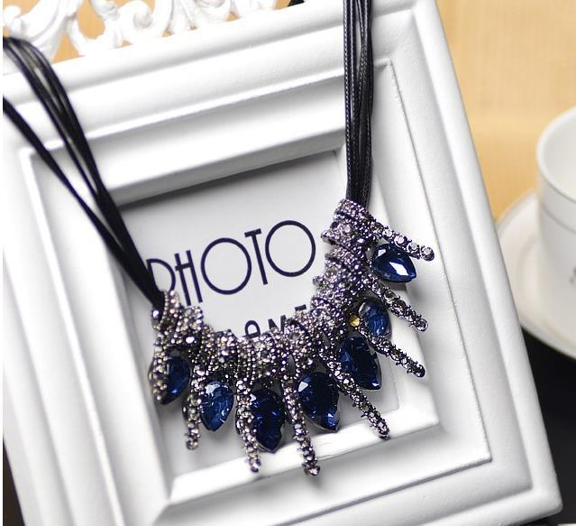 Women Vintage Statement Necklace