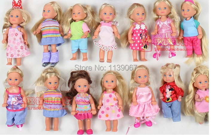 10 PCS SIMBA Kelly and friend dolls with Dress Clothes Diffe