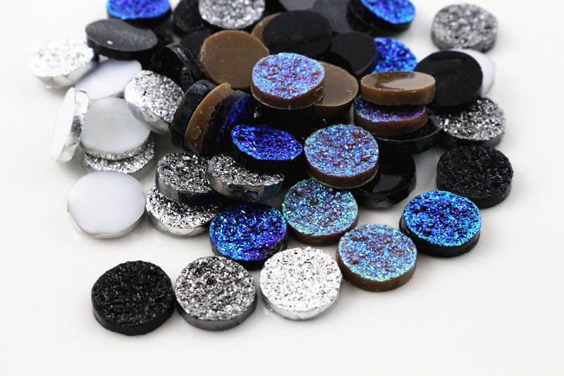 New Fashion 50pcs 12mm Mix Colors Ore Style Flat Back Resin Cabochons Cameo Cabochons Jewelry Accessories Wholesale Supplies