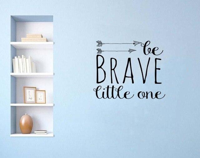 Slaapkamer Muur Quotes : Pijlen patroon met worden dappere kleine een quotes art ontworpen