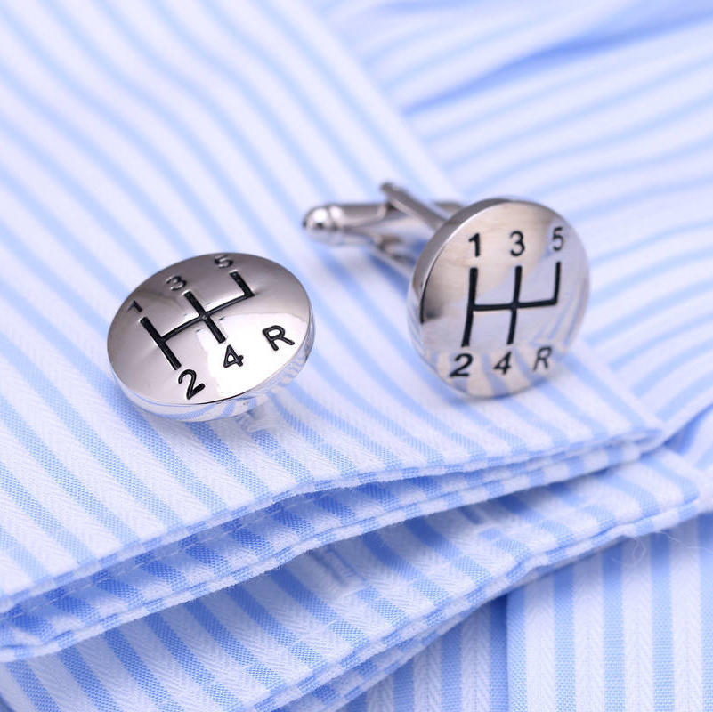 Cars Gear Lever Metal Cufflinks for Mens Shirt Sleeve Button Silver Personalized Cuff Links Jewelry Round Gift High Quality
