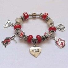 Nuevo rojo del grano Delta Sigma Theta Sorority fundador Señora Corazón handsign DST encanto pulsera joyería
