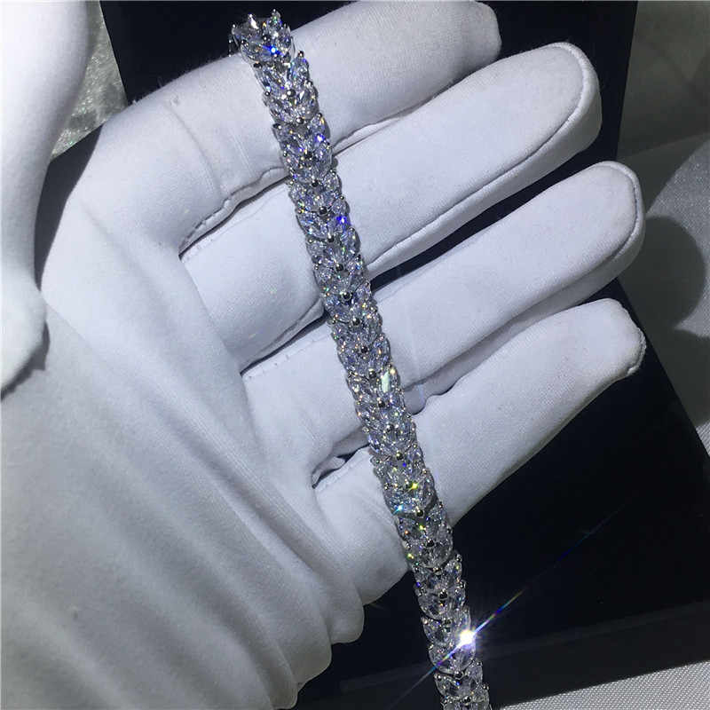 อาชีพหญิงสร้อยข้อมือรูปทรงดอกไม้5A cubic z irconiaทองคำขาวที่เต็มไปหมั้นสร้อยข้อมือสำหรับผู้หญิงแต่งงานอุปกรณ์เสริม