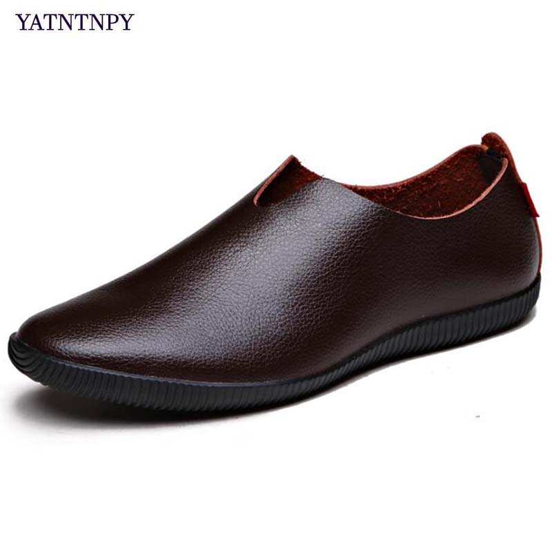 YATNTNPY Comfortable men casual shoes,soft leather shoes for man,portable moccasins flat driving shoes slip-on sapatos masculino handmade men flat shoes 100% soft leather loafers shoes classical men driving flats moccasins for man