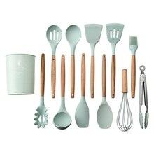 12 pces conjunto de utensílios de cozinha silicone cozinhar espátula resistente ao calor ferramentas com alça de madeira para antiaderente não s