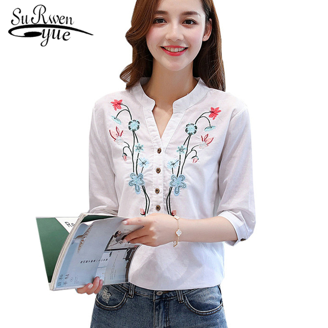 2018 new summer elegant fashion embroidered office lady shirt V-neck half sleeves casual loose women blouse top blusas 812F 30