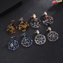 Dating vintage earrings