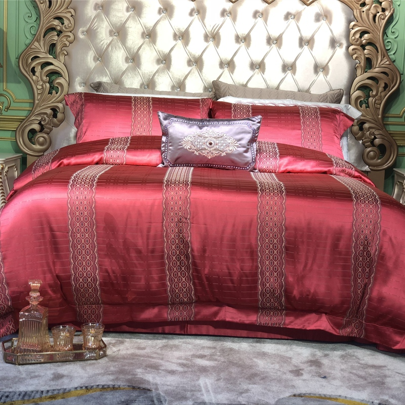 Gold red Luxury European Embroidery silk Cotton Bedding Set Duvet Cover Bed sheet Pillowcase Queen King SizeGold red Luxury European Embroidery silk Cotton Bedding Set Duvet Cover Bed sheet Pillowcase Queen King Size