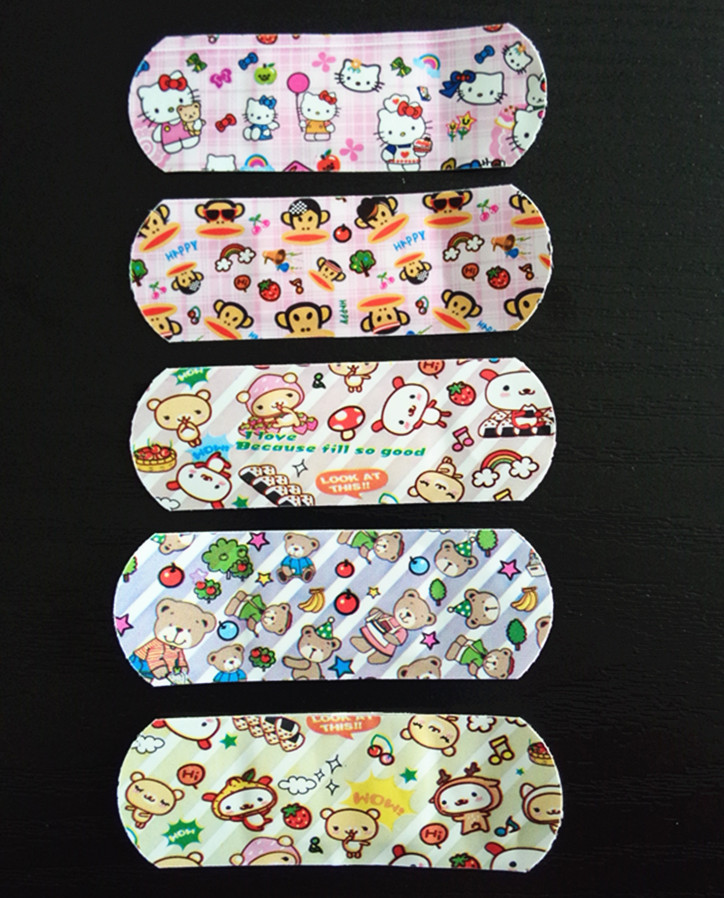 100PCS Breathable Cartoon Band Aid Sports Bandages Frist Aid Kits Waterproof for Children Family Standing 100PCS