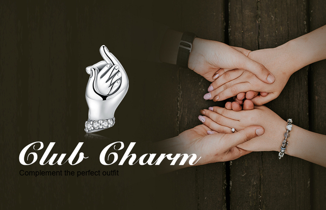 JewelryPalace 925 Sterling Silver Mom And Baby Family Love Handshake Charm Beads For Mother And Daughter 2018 New Hot Sale