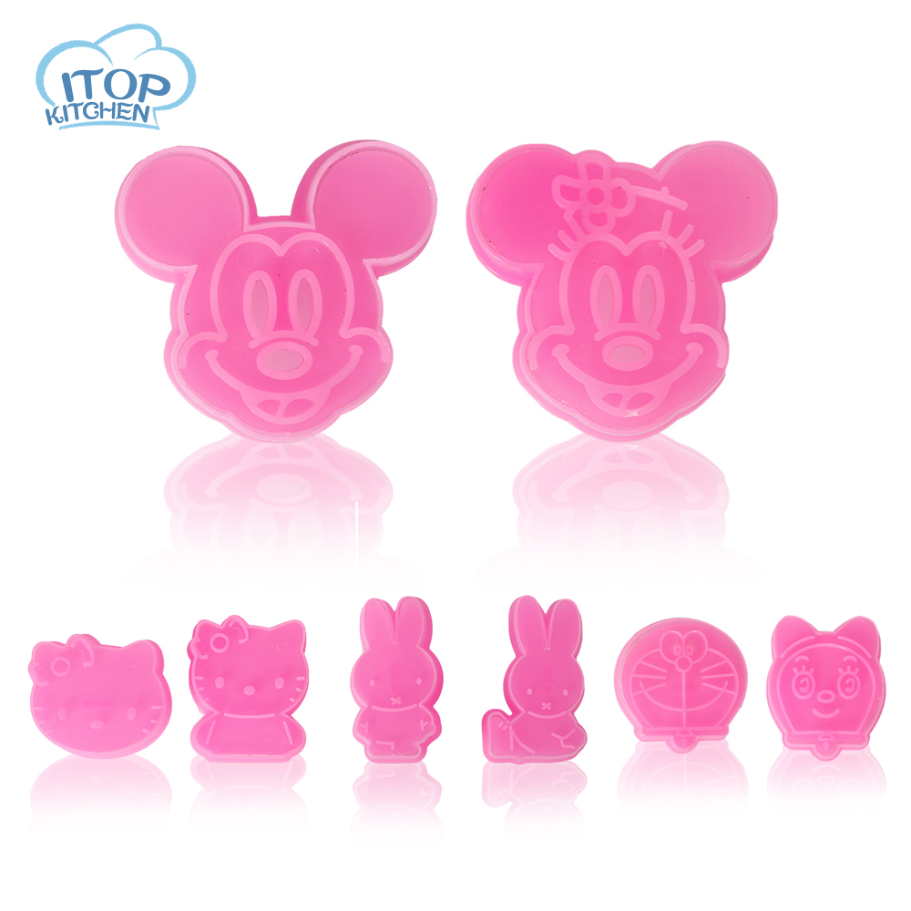 ITOP 4pcs/lot Adorable Hello Kitty 3D Cookie Cutter Cute Cookie Sandwich Stamp Stencil Press Mold Mickey Panda Rabbit Doraemon