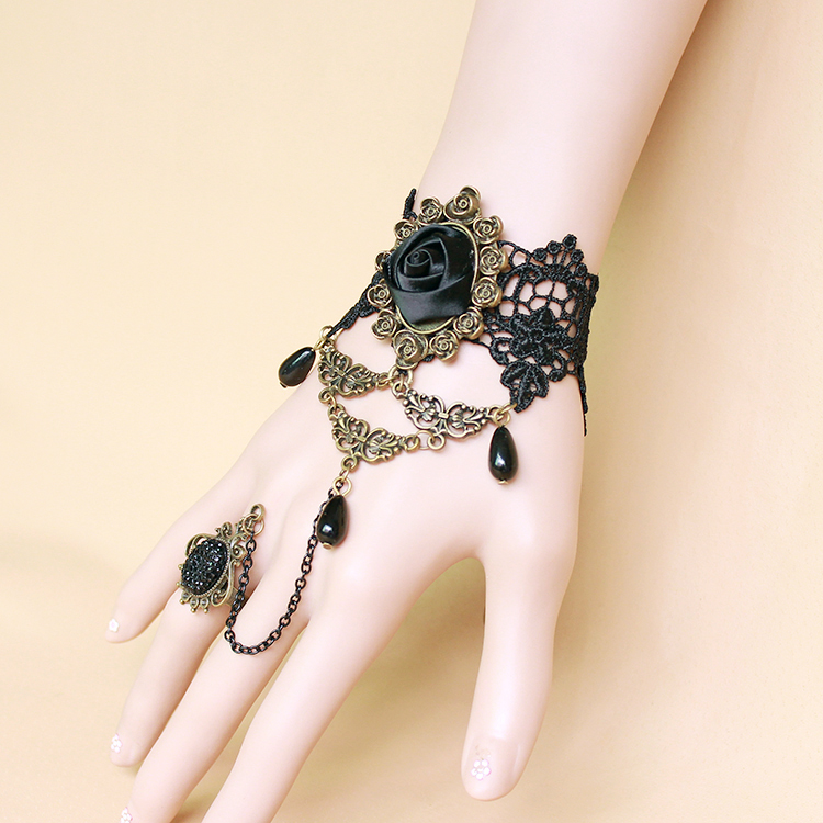 24 Pcs Lot Gothic Style Vintage Jewelry Black Rose Flower Cute Female Ring with Bracelet For