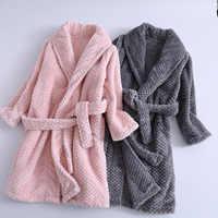 Fashionable 2018 Kids Bath Robes Winter Children's Bathrobe Solid Color Flannel Bathgrowns for Big Boys Girls Soft Belt Pyjamas