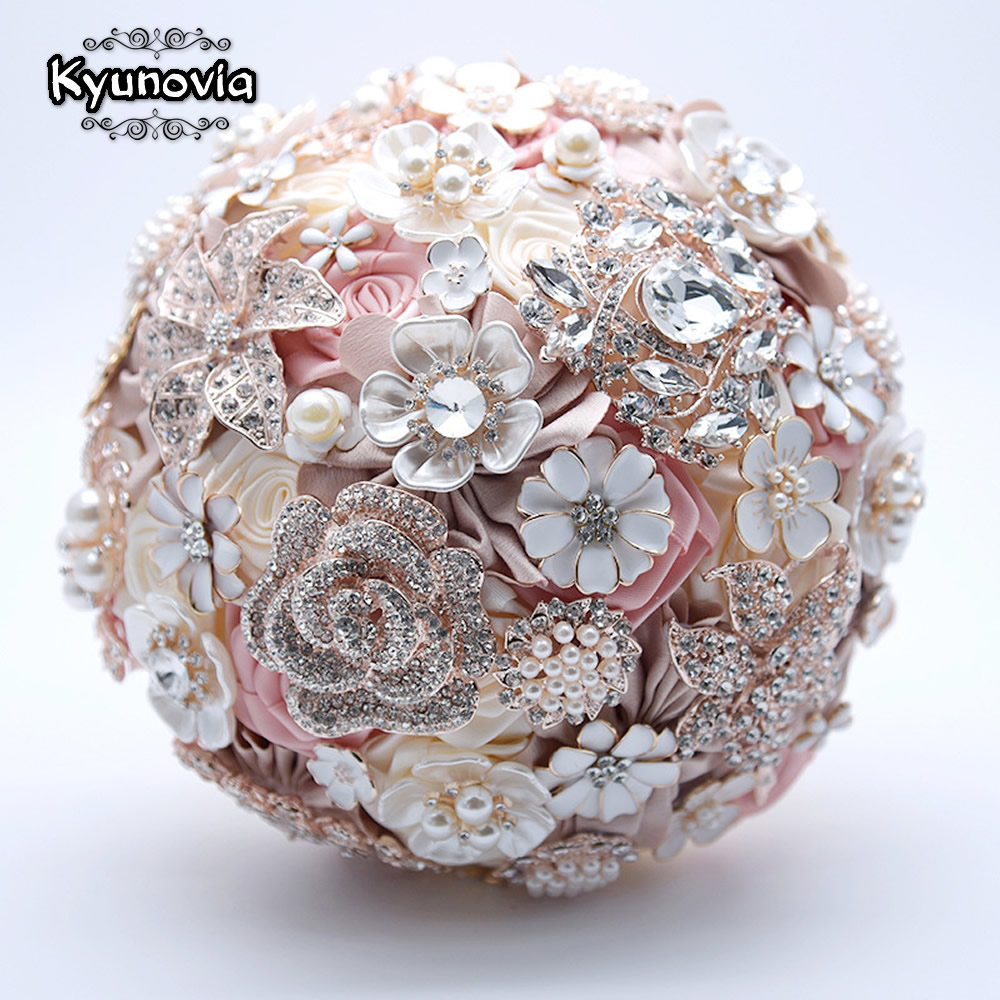 Kyunovia Silk Wedding Flowers Rhinestone Jewelry Blush Pink Brooch Bouquet Gold Broach Bridal Wedding Dress Wedding Bouquet FE93