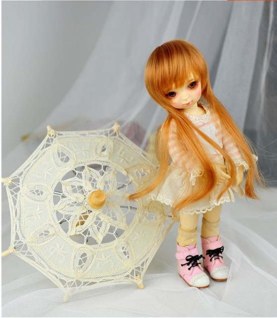 BJD doll photo props  Vintage lace umbrella for YOSD MSD SD Blythe AG dolls 2 sizes 2 colors available