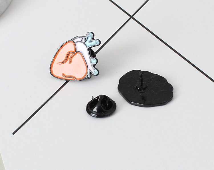 2019 New Hot Fashion Brooch Bijoux Human Organs Teeth Brain Heart Eyes Brooches Collar Pin Cufflinks Jewelry For Men And Women